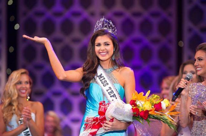 <p> Đêm chung kết Miss Teen Mỹ 2015 diễn ra tối 22/8 (giờ địa phương). Người đẹp Katherine Haik đến từ bang Louisiana giành chiến thắng.</p>