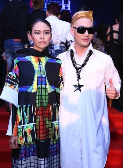 <p> Lý Quí Khánh ăn mặc, chải chuốt kỹ lưỡng mỗi khi tham gia sự kiện với vai trò khách mời.</p>