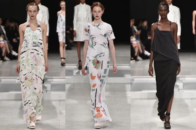 Hai người mẫu cởi áo ngoài bằng nước trước khán giả Paris