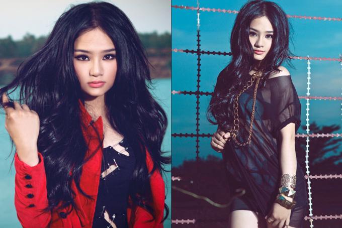 """<p class=""""Normal""""> Năm 2011, Miu Lê bất ngờ lấn sân sang con đường ca hát. Ngoài chuyển nghề, Miu Lê còn thay đổi phong cách cá tính với tóc xù dài và mắt kẻ đậm. Cô chọn những kiểu váy ngắn, xuyên thấu trong các sự kiện, bộ ảnh thời trang.</p>"""