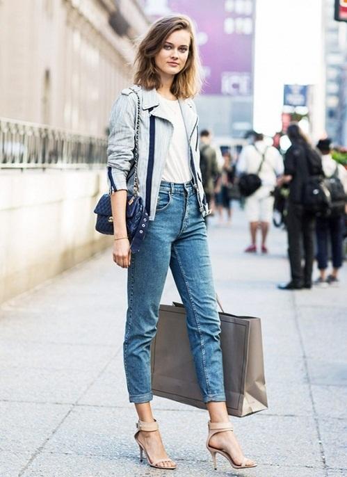 """<p class=""""Normal""""> <strong>Hẹn hò</strong><br /><br /> Tùy vào mức độ buổi hẹn, bạn có thể chọn phong cách gợi cảm hay chỉn chu, lịch thiệp. Với những buổi hẹn đầu, quần jeans bó phối cùng giày cao gót, áo khoác ngắn mang tới vẻ trẻ trung, kín đáo mà nữ tính.</p>"""