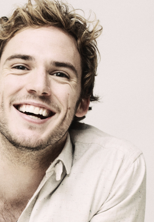 """<p class=""""Normal""""> Sam Claflin năm nay 29 tuổi, là diễn viên nổi tiếng của Anh.</p>"""