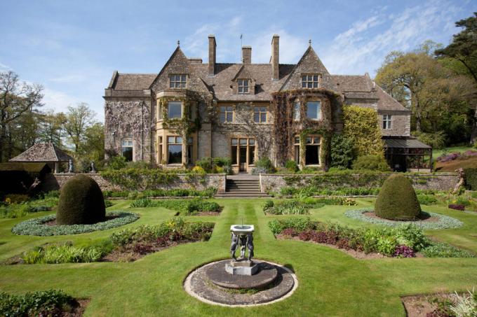 <p> Biệt thự này có tên Abbotswood Estate, được xếp vào danh sách những bất động sản đắt giá nhất nước.</p>