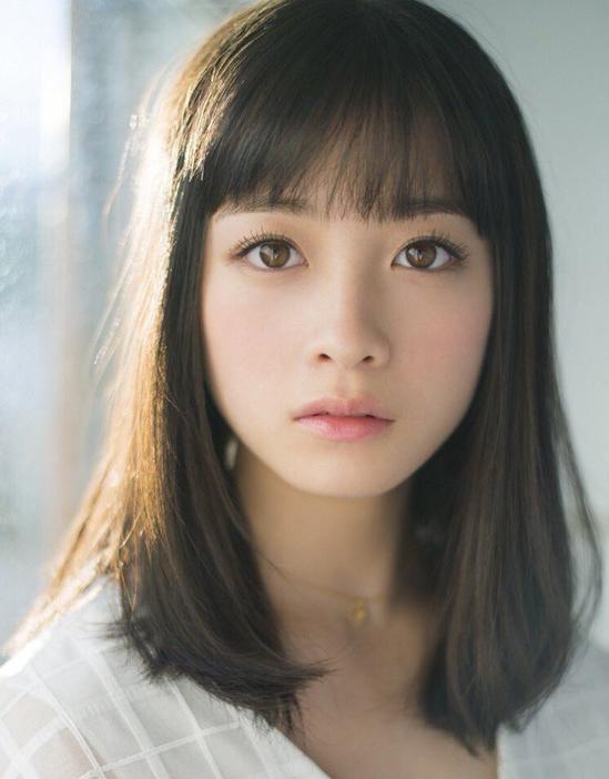 <p> Dù vướng nhiều tranh cãi, Kanna Hashimoto vẫn là mỹ nữ đình đám làng giải trí Nhật Bản.</p>