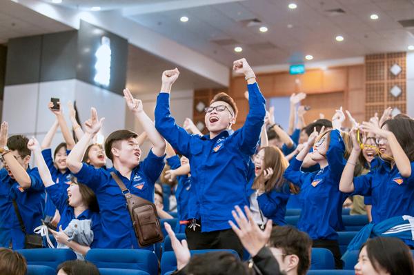 ĐH Công Đoàn giành giải Cổ động viên nhiệt tình nhất