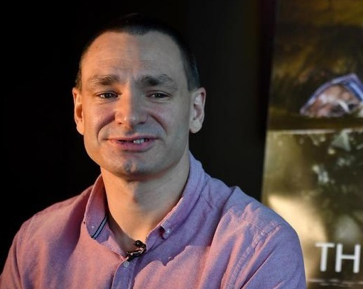 Thợ lặn Jim Warny - người Bỉ sống ở Ireland - đóng vai chính mìnhtrong The Cave. Ảnh: AFP.