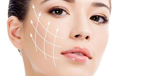 Cân bằng độ pH là một trong những yếu tốgiúp duy trì vẻ tươi trẻ của làn da.