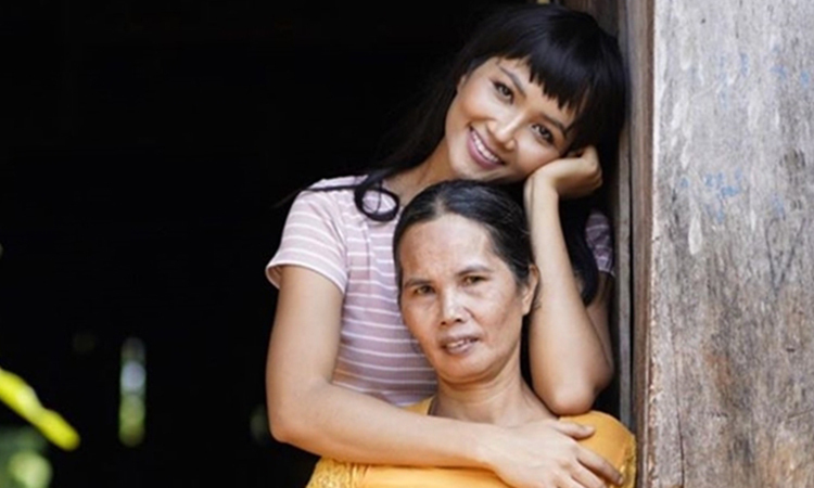 Sao Việt mừng 'Ngày của mẹ' - VnExpress