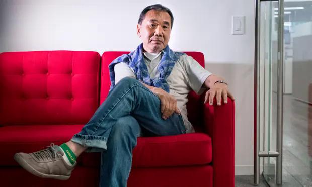 Haruki Murakami sẽ dẫn dắt chương trình phát thanh trên kênh Tokyo FM. Ảnh: Ali Smith/Guardian.
