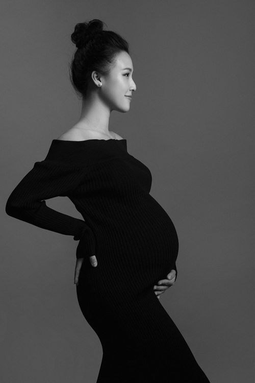 Nhan sắc bà mẹ 9x qua ống kính nhiếp ảnh gia Tang Tang.