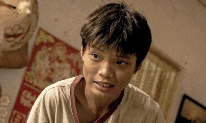 Nam chính Trần Anh Khoa cũng là em trai đạo diễn. Ảnh: CJ.