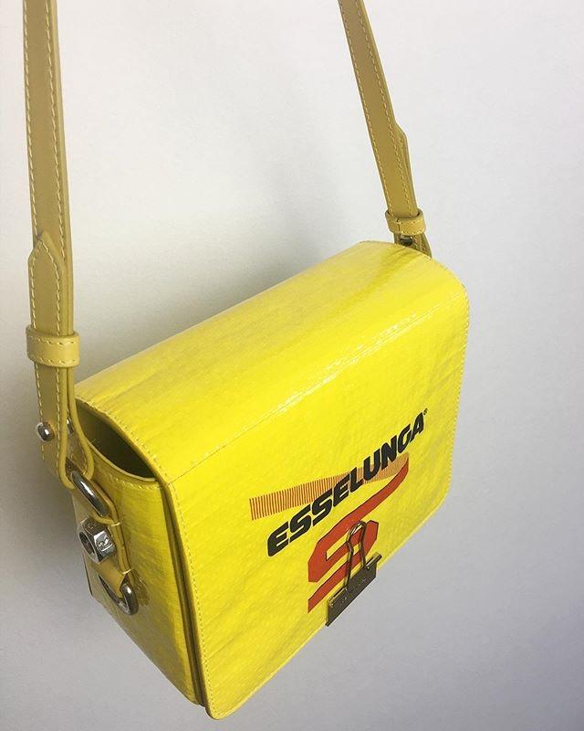 Loạt túi hiệu kinh điển được mô phỏng bằng phế liệu 2