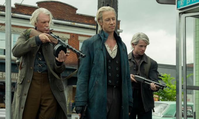 Nhóm sát thủ Thụy Điển xuất hiện trong mùa hai. Ảnh: Netflix.