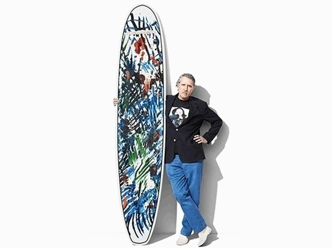 Tommy Hilfiger  hợp tác cùng nhiều nghệ sĩ để tạo ra những tấm ván lướt sóng phiên bản giới hạn cho bộ sưu tập 2013 Surf Shack. Ảnh: Tommy Hilfiger.