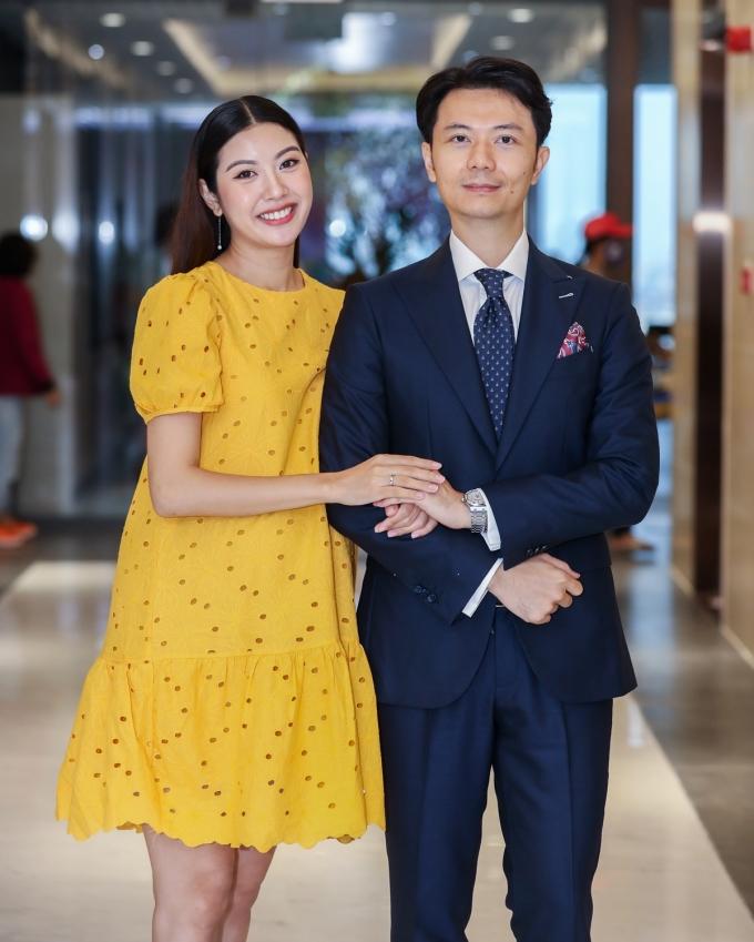 Vợ chồng Thúy Vân hy vọng bệnh nhi nghèo có Tết trung thu đáng nhớ.