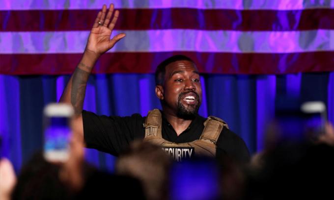 Kanye West trong buổi vận động tranh cử tại South Carolina hồi tháng 7. Ảnh: Reuters.