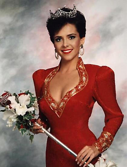 Leanza Cornett đăng quang Hoa hậu Mỹ năm 1993. Ảnh: Miss America.