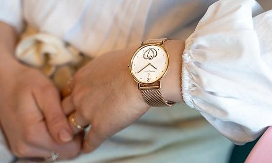 Đồng hồ Pierre Cardin giảm đến 2 triệu đồng