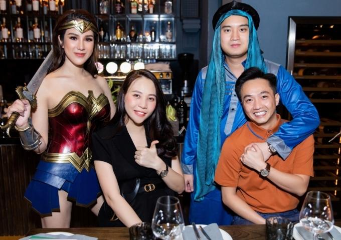 Đàm Thu Trang, Cường Đôla đi chơi Halloween