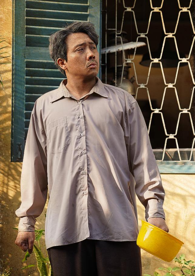 Tạo hình của Trấn Thành trong phim điện ảnh Bố già. Ảnh: TT Town.