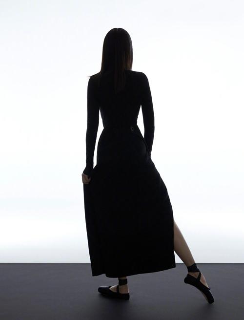 Ái nữ CEO Huawei làm người mẫu - 10