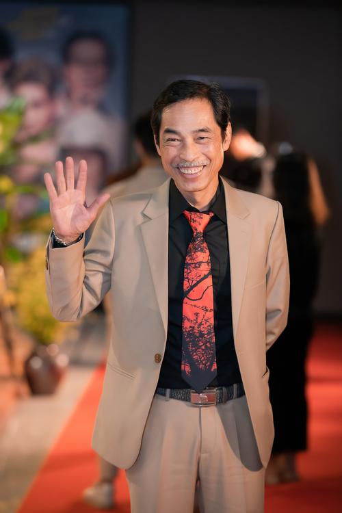 Nghệ sĩ Viết Liên tại buổi họp báo phim Cậu Vàng, tối 5/1, tại Hà Nội. Ảnh: Nhân vật cung cấp.