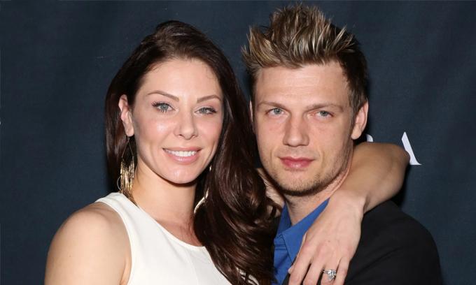 Nick Carter (phải) và vợ Lauren Kitt.  Ảnh: Pagesix.