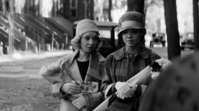 Tessa Thompson (phải) diễn cùng Ruth Negga trong một cảnh phim. Ảnh: Sundance.