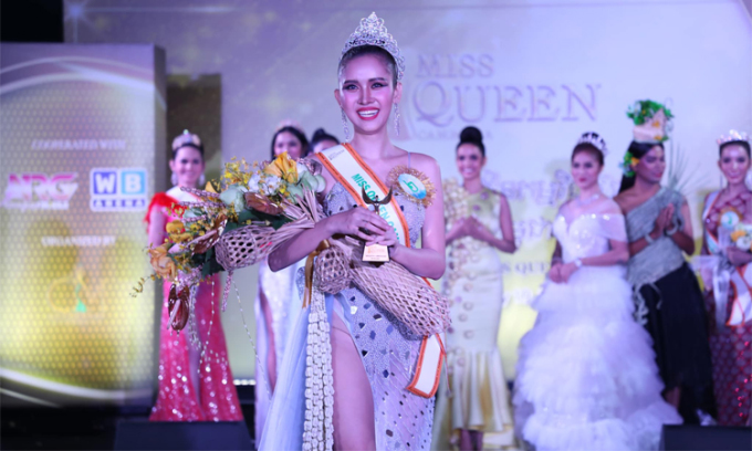 Sai Fhon vượt qua khoảng 10 thí sinh và đăng quang chung kết Miss Queen Cambodia tối 19/2 tại thủ đô Phnom Penh.