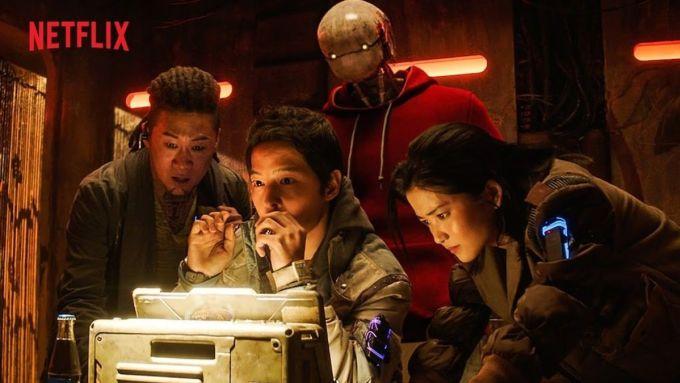 Các nhân vật trong phim thiếu bị rập khuôn, không gợi đủ cảm xúc cho khán giả. Ảnh: Netflix.