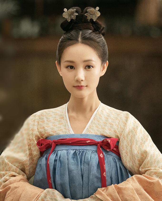 Lý Nhất Đồng đóng chính phim Lệ ca hành (tên cũ: Đại Đường nữ nhi hành), chiếu trên Iqiyi. Cô vào vai Bác Nhu, con gái một thương nhân, vô tình trở thành cung nữ.