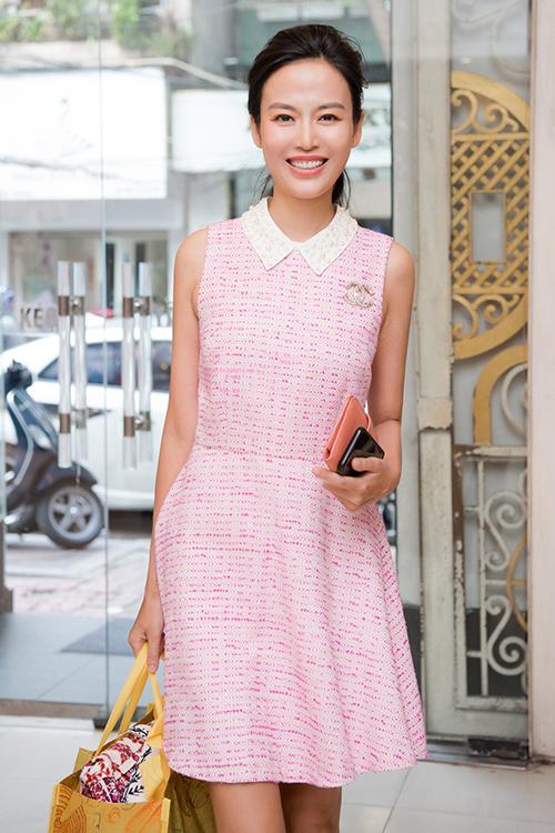 Thu Thủy tham gia sự kiện tái chế quần áo nhà thiết kế Xuân Lê giữa năm ngoái. Ảnh: Vu Toan.