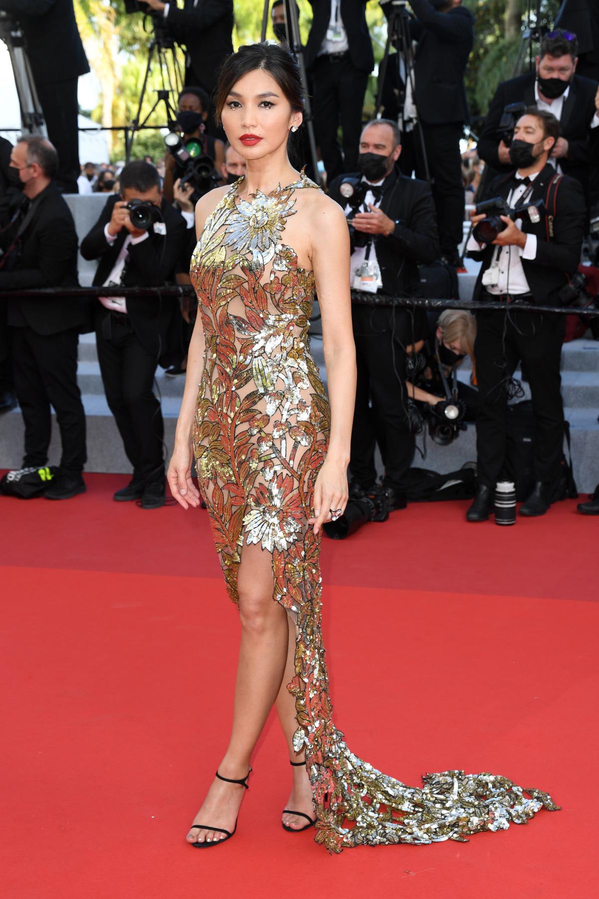 Cannes ngày cuối: Sao diện đa phong các - Ảnh 1
