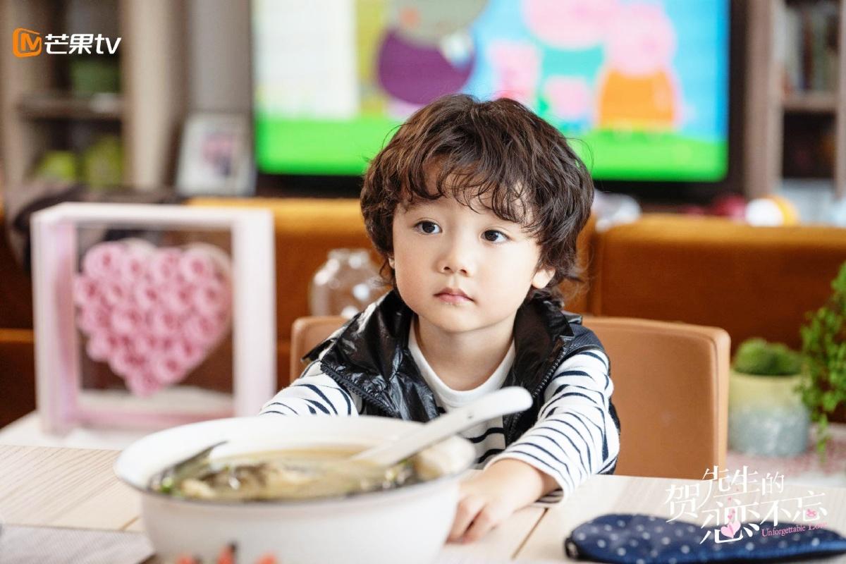 Diễn viên 5 tuổi 'hớp hồn' khán giả - Ảnh 2