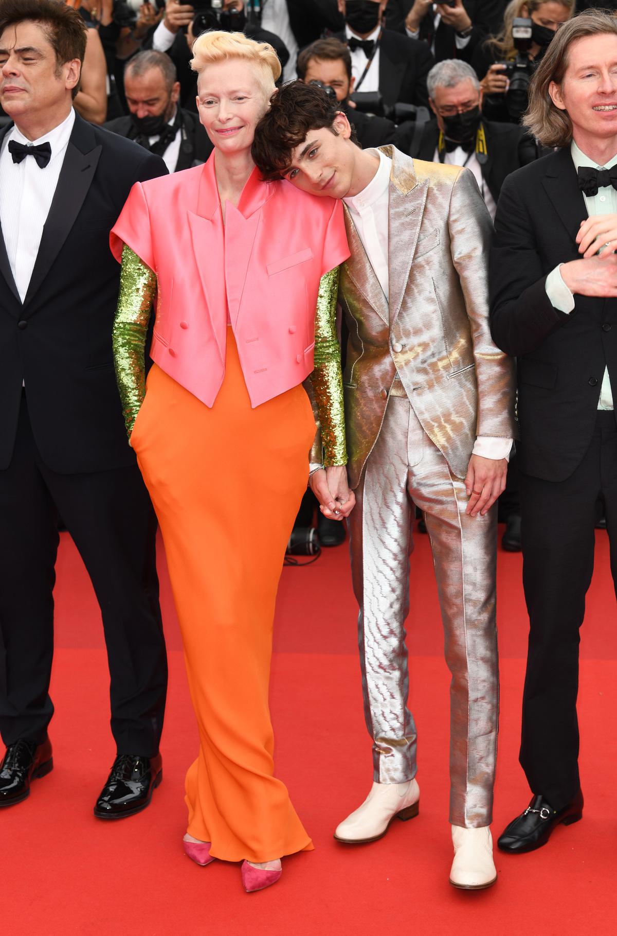 Những bộ đầm ấn tượng ở Cannes 2021 - Ảnh 7