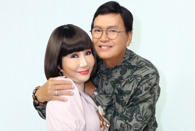 Vợ chồng Thanh Kim Huệ, Thanh Điền mặn nồng sau năm thập kỷ gắn bó. Ảnh: Nhân vật cung cấp.