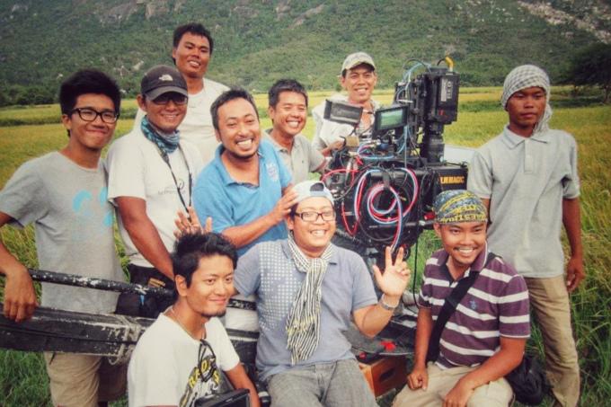Quang Dũng: Tôi xúc động khi giới làm phim đùm bọc nhau thời dịch - 1