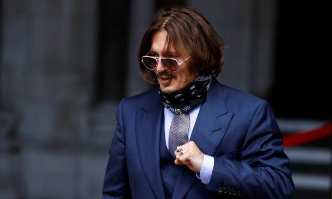 Johnny Depp tại phiên tòa ở Anh hồi tháng 7/2020. Ảnh: Reuters.