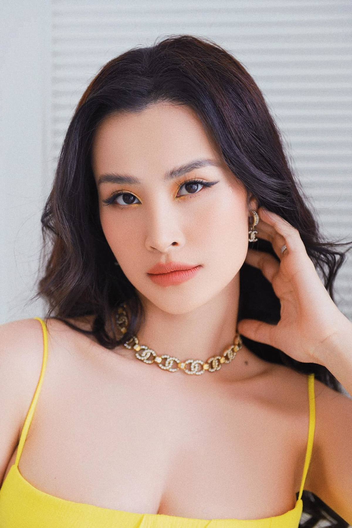 Dong-Nhi-tuoi-324-1634034517.jpg?w=1200&h=0&q=100&dpr=1&fit=crop&s=CrPVz_9-3tulnvqaQh_xNA